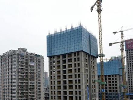 新型爬架网结构在高层建筑中的应用